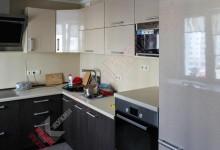 П — образная кухня №04