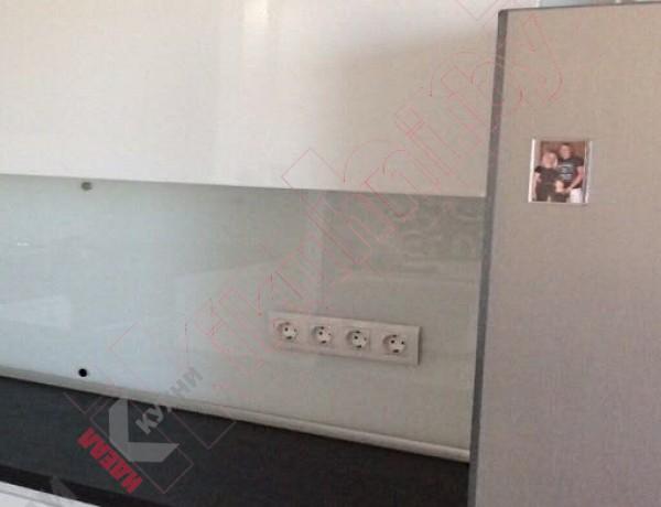 Кухня из крашеного МДФ №313