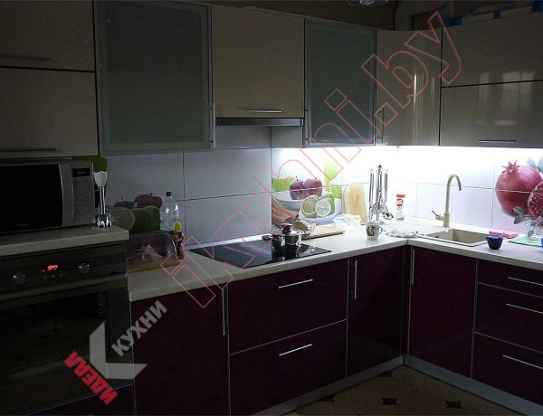 Кухня из пластика №28