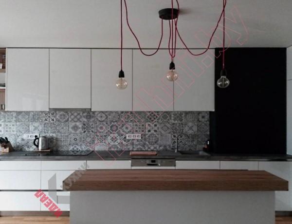 Глянцевая кухня №04