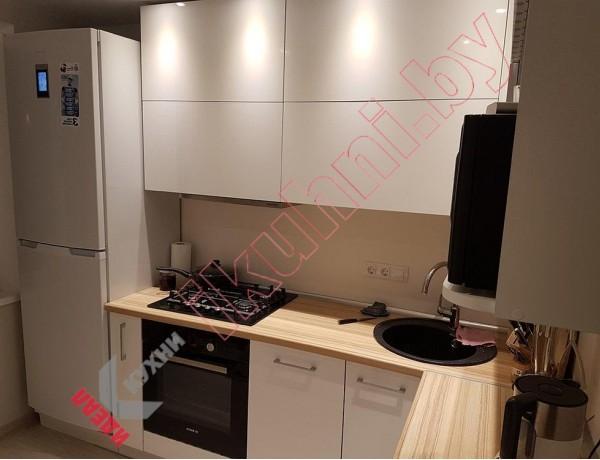 Глянцевая кухня №02