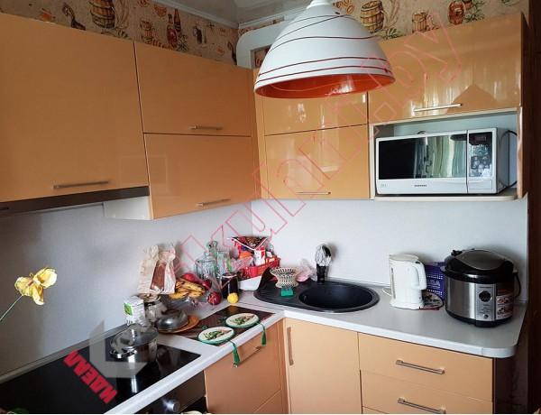Кухня с фасадами из крашеного МДФ №42