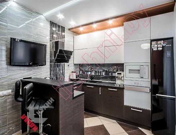 Кухня с барной стойкой №02