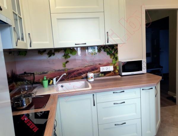 Кухня классическая  серии домов М111-90  №04