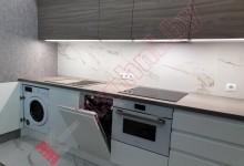 Прямая кухня с антресолями под потолок №04