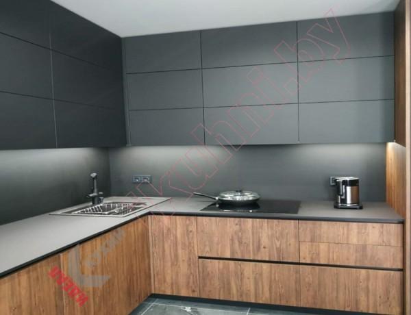 Кухня с пеналами  под заказ  фасад  ЛДСП KRONOSPAN №04