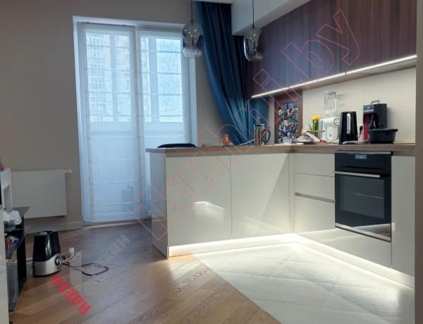 Кухня студия с барной стойкой №08