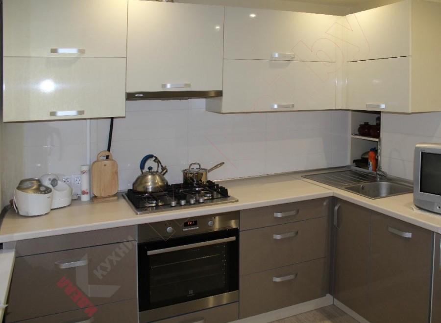 Кухня из акрила №204