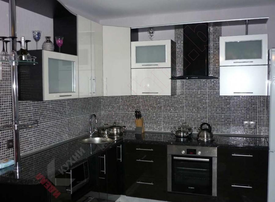 Кухня из акрила №69