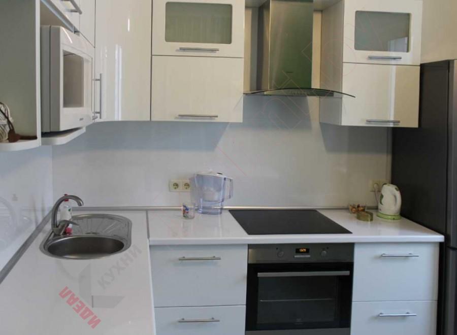 Кухня из крашеного МДФ №41
