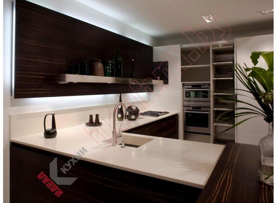 Кухня с каменной столешницей №03