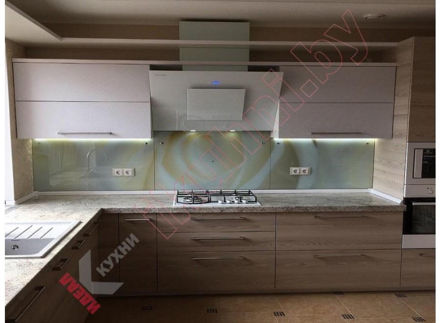 Кухня с каменной столешницей №04