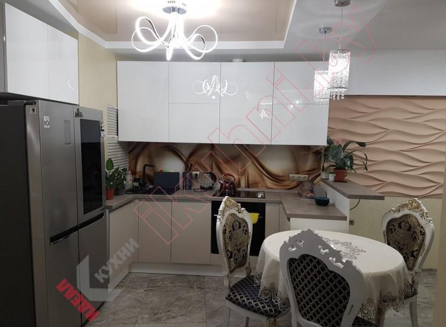 Кухня с барной стойкой №07