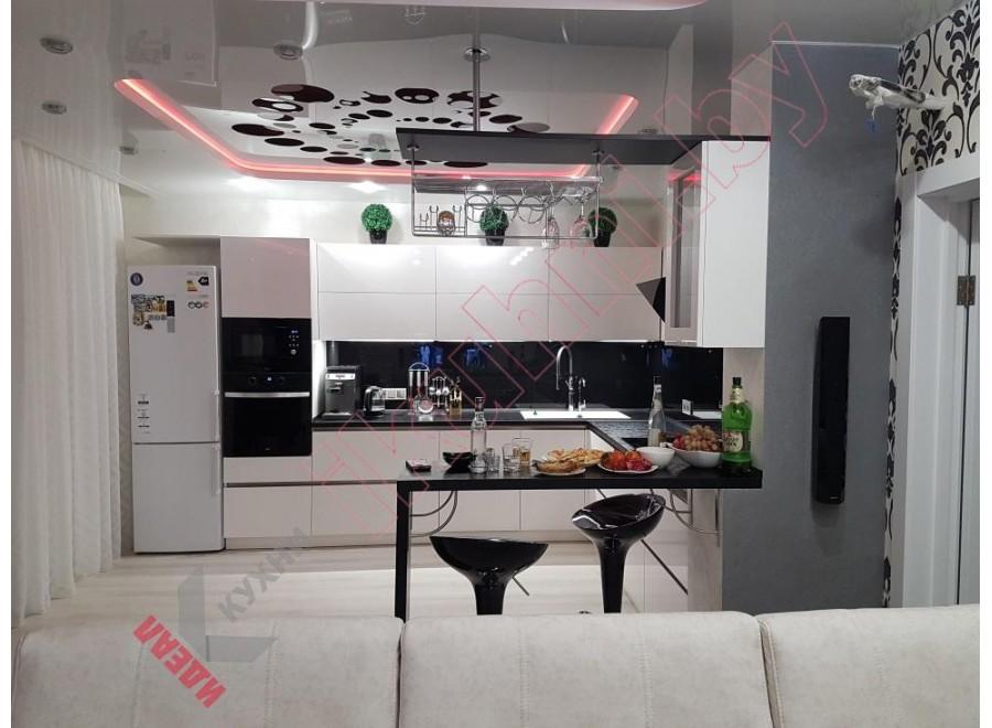 Белая кухня №03